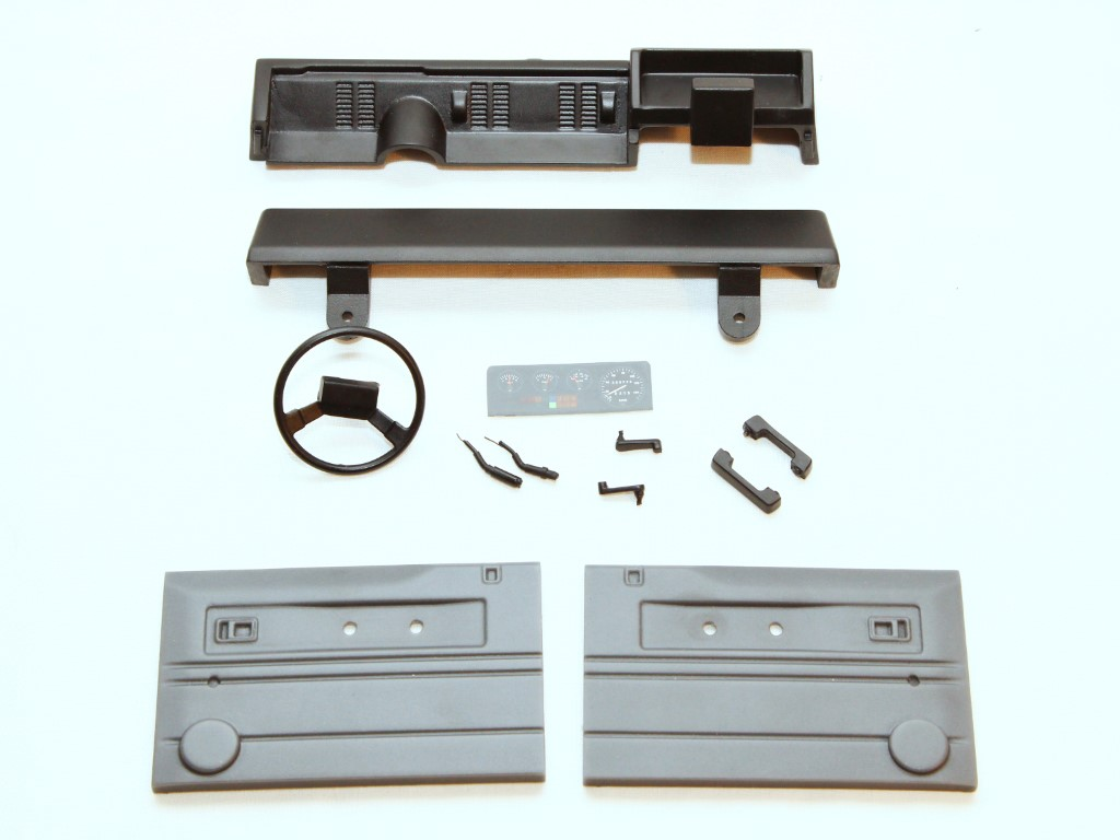 Interior Set for Land Rover Defender D90 / D110 (RSW)